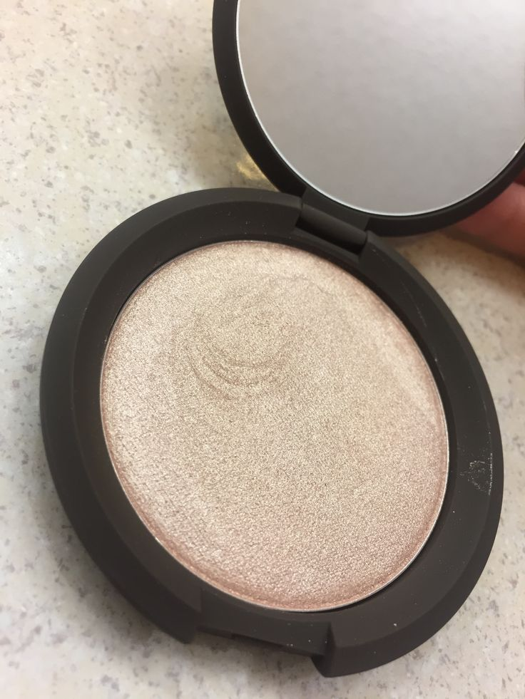 Becca Highlighter in Opal.