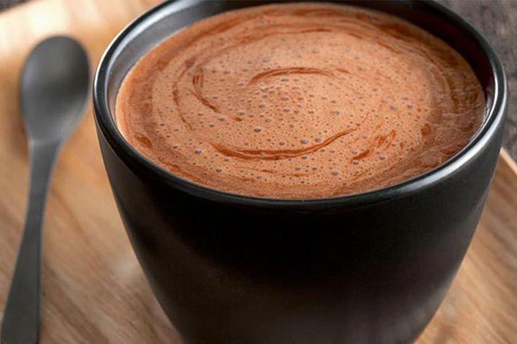 Recette de chocolat chaud au Thermomix TM31 ou TM5. Faites cette boisson en mode étape par étape comme sur votre appareil !