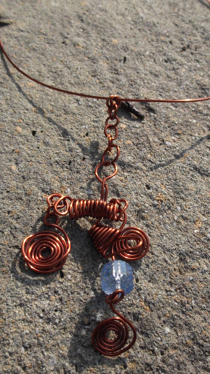 Girocollo rigido in filo di rame wire wrapped : Collane di ibottonidibiancaneve