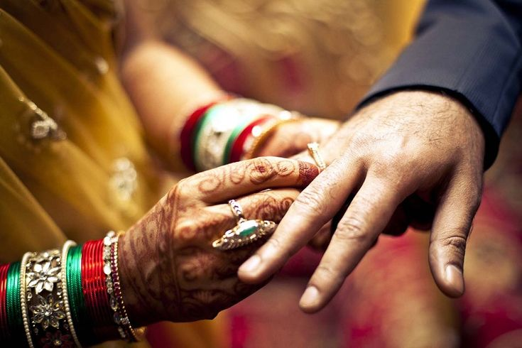 Find Professional Photographers in Agra for Ring Ceremony Photography