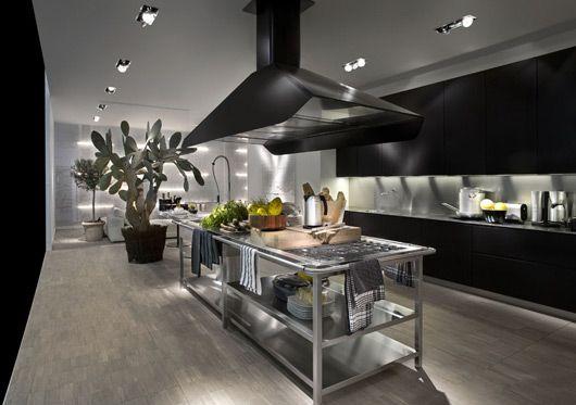 Contemporary Kitchen With Modular Work Island – EL_01 by Elmar | DigsDigs