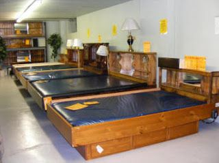 Picture Taken In A Furniture Store In The 1980s Here You Can See Some Properly Filled Waterbeds