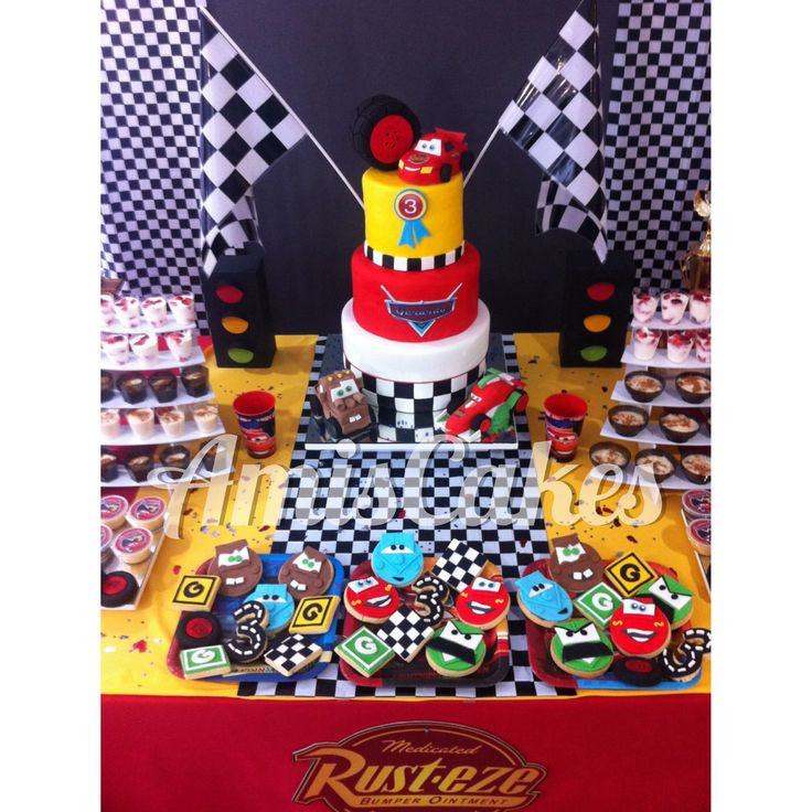Candy Bar Cars Disney Cake and Cookies - Torta y Galletas Mesa Dulce Cars Disney AmisCakes_Vzla