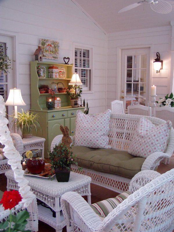 love screened porches