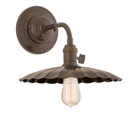 Barn light electric is an american lighting manufacturer specializing in original warehouse styled lighting our core lighting range consists of gooseneck