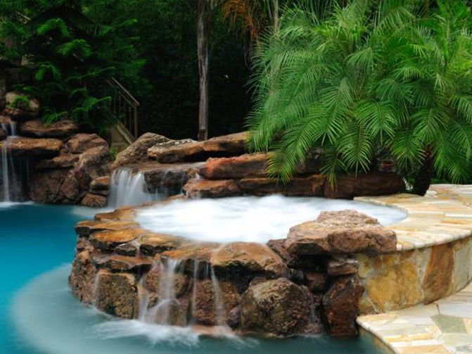 picture pool texas hotel of tubs houston granduca and tub locationphotodirectlink hot