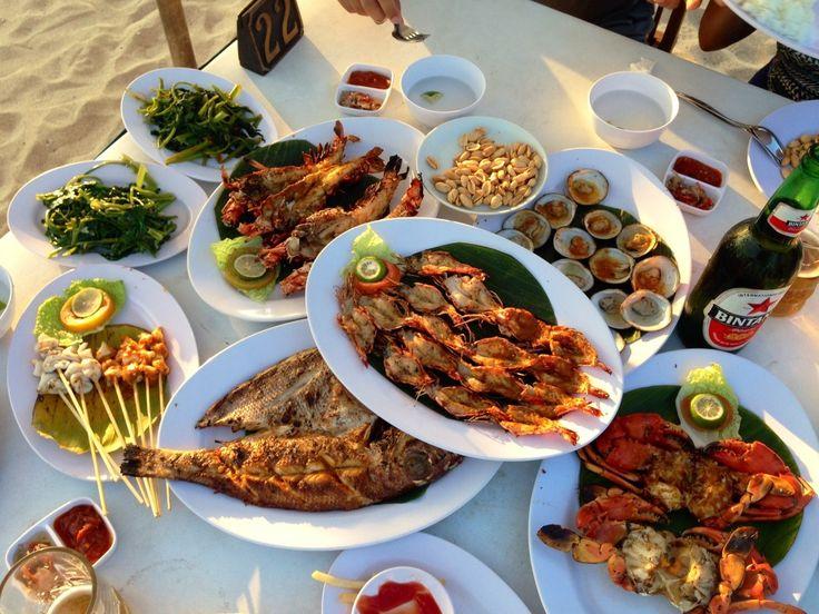 Morski plodovi su pravi izbor za opuštajuću večeru na Baliju :) #travelboutique #food #bali #hrana #putovanje