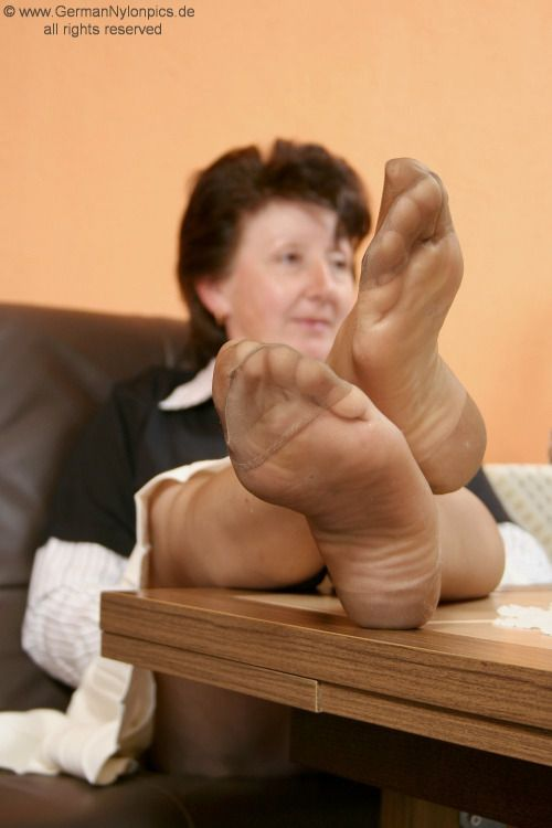 Worshipping mature women s stockinged feet