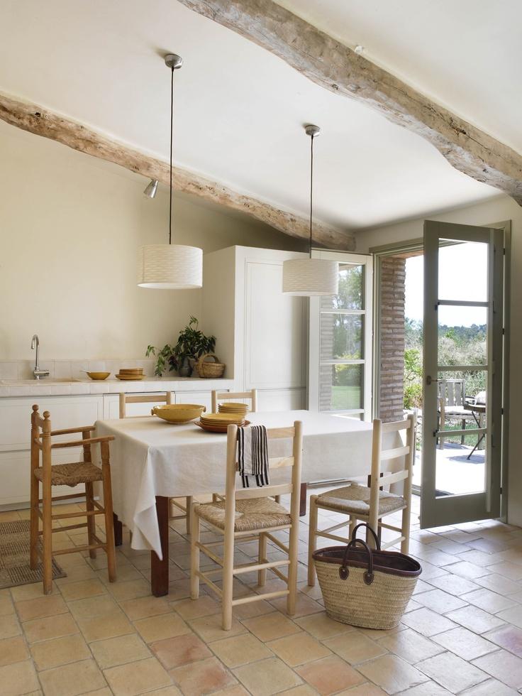 La Cocina/ The Kitchen