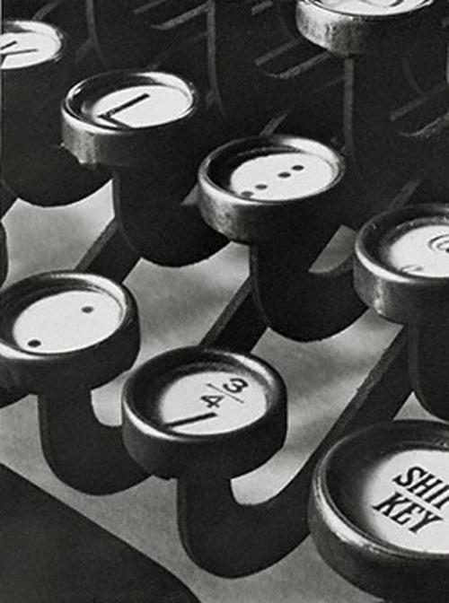 Typwriter keys, 1916, Paul Strand.(1890 -1976)