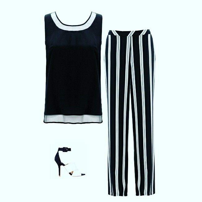 Siyah & beyaz şıklık❤️ İlkbahar-yaz koleksiyonuna Türkiyenin en seçkin butiklerinden ve  www.fever.com.tr satış noktalarından ulaşabilirsiniz. #2017 #fashioninstagram #giyim #marka #trend #moda #liketeam #instacool #instalike #womanwear #kombin #newseason #lifestyle #kalite #feverstil #clothes #fashionpost  #womanfashion #fashiongram #trendy #chic #newcollection #shopping  #instamoda #prada  #ss17 #bluz #butik #butikonline #prada