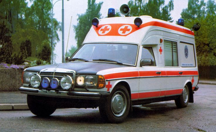 Mercedes W123 Ambulance