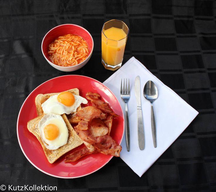 L1M1AP1 Breakfast shot, midday, handheld, ISO 200, f/8.0, 1/125 feedback please