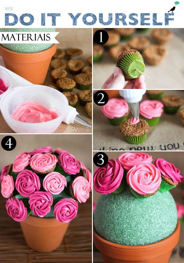 Que tal substituir as tradicionais flores do dia das mães por um lindo buquê de rosas feito de cupcakes?
