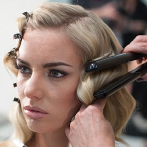 How-To Cheat Finger Waves! Why didn't someone tell me about this in Beauty School??? :p