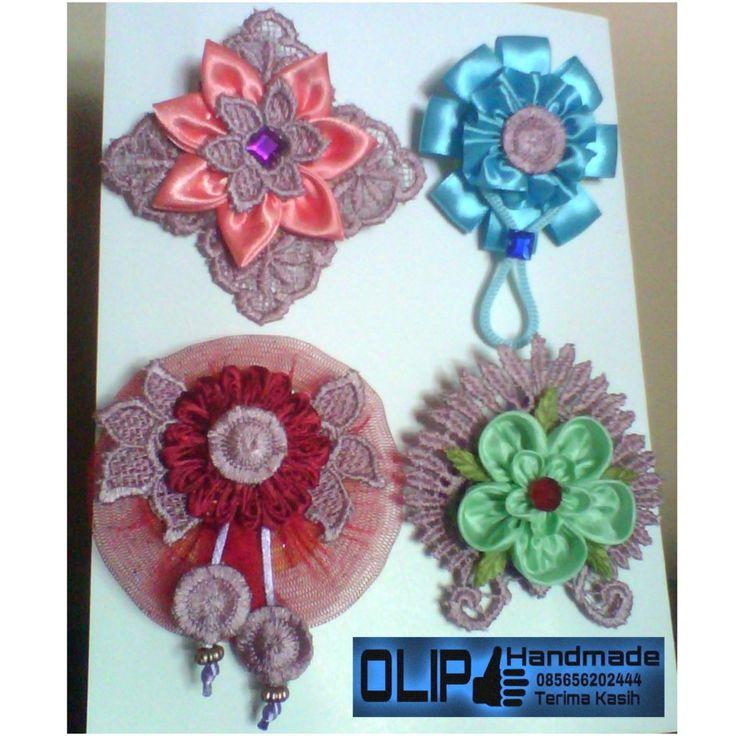Olip handmade brooch