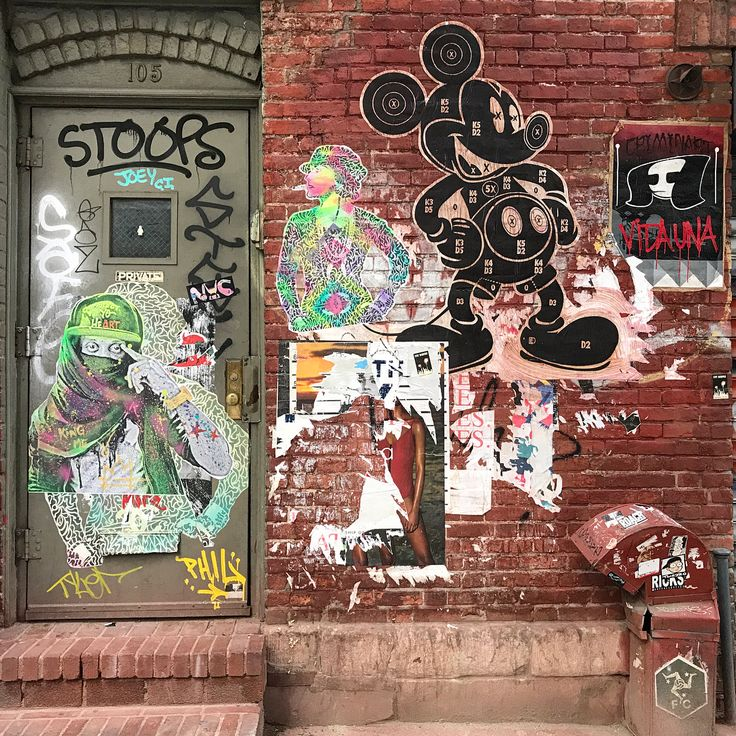A mini Soho stoop of art with @uncuttart self portrait, @DylanEgon Mickey @Colp_One ⬅️for @sacsix @kaiaspire @EthanArmenArt on Crosby & Prince Streets, NYC.  #wheatpaste #nystickerart #uncuttart #dylanegon #kaiaspire #sohostreetart #twazzo #stoops #nygraffiti #colpone #protectyoheart #mickeytarget #legototheparty