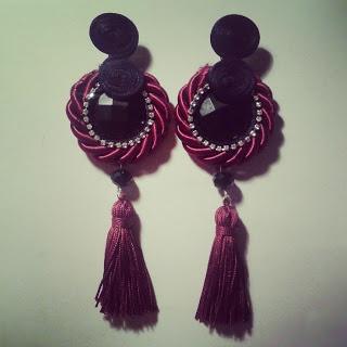 Pendientes de flamenca. Algodón de seda y piedras Swaroski
