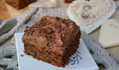 Troll a konyhámban: Diós sárgarépás kocka csokis krémmel - paleo