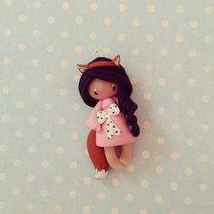 Collier petite fille renard - brune en rose bonbon