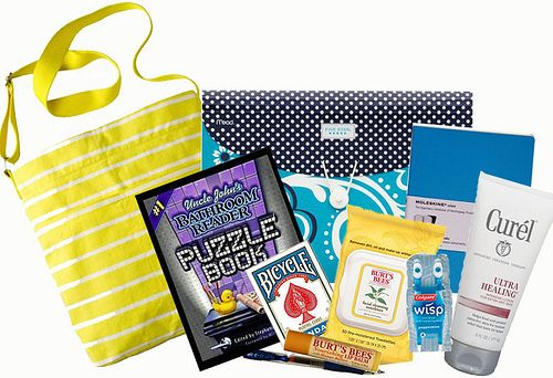 Comfort Gift Bag For a Hospital Stay - bag/basket filled with necessities & their favorite things! LOTS of great ideas on here! Sure to cheer anyone up!!! :-)