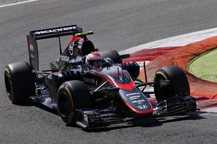 [3072x2048] Jenson Button - McLaren MP4-30 - 2015 - Italian GP (Monza) /r/F1Porn. wallpaper/ background for iPad mini/ air/ 2 / pro/ laptop @dquocbuu