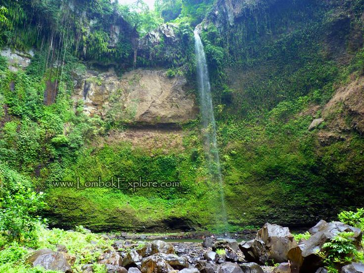 Tiu Bombong (Bombong waterfall). Beautiful waterfall in North Lombok, Indonesia. For more information, please visit www.LombokExplore.com.