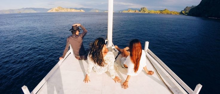 HUB WA.LINE.HP 1. 082 144 999 975 EXPLOREKOMODOFLORES TOUR SEMANGAT UNTUK MEMBERIKAN YANG TERBAIK SAILINGKOMODO 2HARI 1MALAM 1.Day Penjemputan dari Hotel jam 06,00 pagi dan drooping ke Pelabuhan (naik kapal) menuju Rinca island,dan padar island istirahat,Pantai Pink ( snorkling) lanjut sanset di pulau kalong komodo sambil menunggu burung kalong keluar dari sarangnya (makan malam,istirahat ) 2 Day Sarapan pagi dan melanjutkan ke kenawa Island ( snorkling) kelor island ( snorkling) dan kembali…