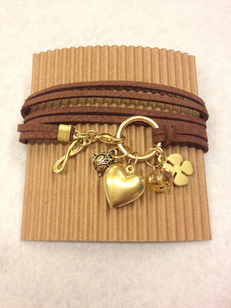 multifili alcantara brown & gold charms <3
