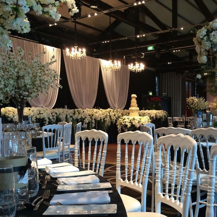 Love the wedding set up tonight at Jones Bay Wharf on Sydney Harbour. #doltonehouse #weddings #sydneyweddingvenues #weddingvenuesonsydneyharbour