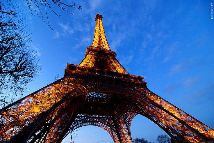 Turismo en París ¿Quieres viajar a París? Encuentra los mejores rincones para visitar París y los mejores precios en vuelos y hoteles.