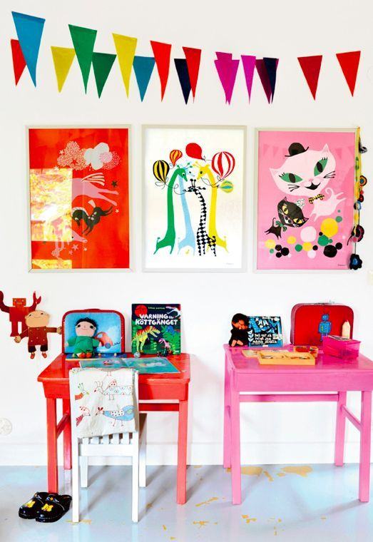 retro modern kids room desk ideas / what I would give for a little 'homework room' in my house!