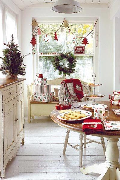 such a cute kitchen!