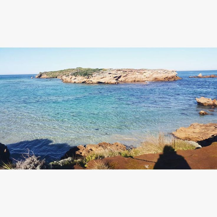 Warrnambool  #australia #warrnambool #winter #beach #sunny #nature #water #stingraybay #breakwater #warrnamboolbeach #middleisland #penguinisland #ocean #instagood #photooftheday #sky #pretty #reflection #amazing #beauty #beautiful #shore #seashore by annie.dennis