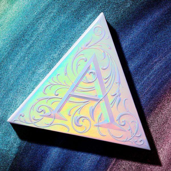 Beauty Review: Kat Von D's Alchemist Holographic Palette