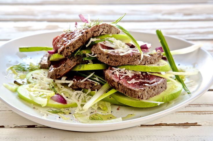 Apple and Seared Beef Carpaccio Salad - Make delicious beef recipes easy, for any occasion