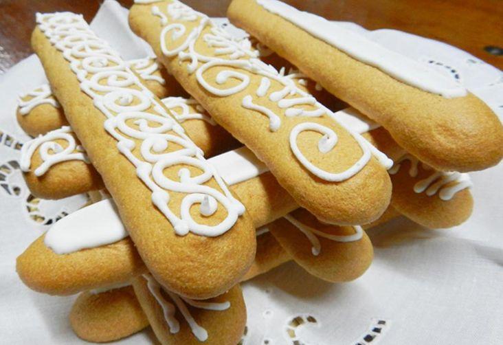 pistoccus-de-caffe.Questi dolci della tradizione sarda, da cui derivano i savoiardi, sono ideali per preparare il tiramisù