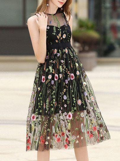 f3ad99b25 Vestido fino de gasa bordado de flores