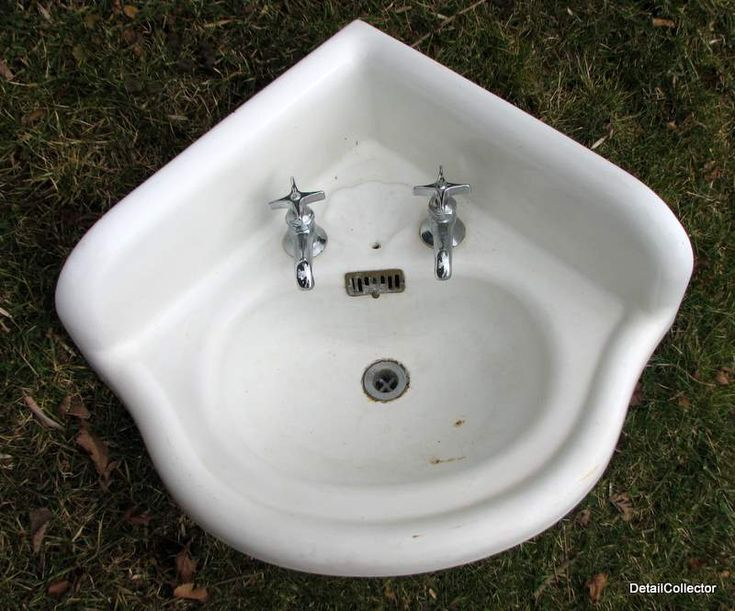 Victorian Corner Sink : Corner Bathroom Sinks Antique Corner Sink Bathroom Victorian Old ...