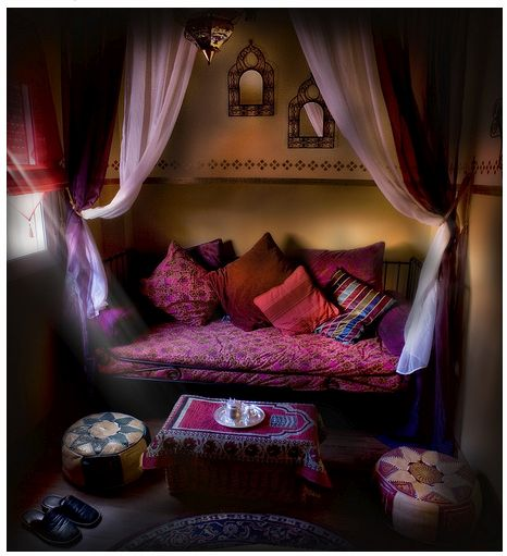 lovely Morrocan-inspired nook have the perfect a spot in my bedroom for this in the alcove by the one window.