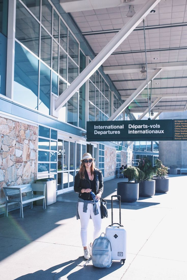Air transat travel review by To Vogue or Bust