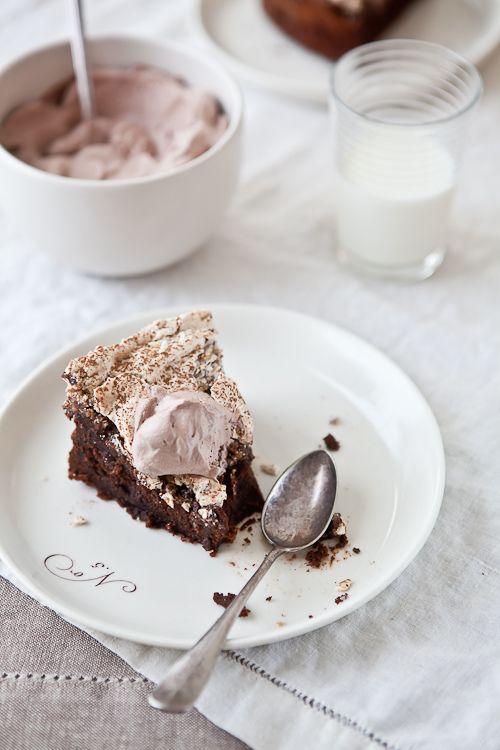 Chocolate and Hazelnut Meringue Cake   Cakes   Pinterest