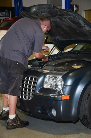 """""""6 questions to ask at an auto repair shop"""" by Angie's List. Go ahead, quiz our day. #AplusAutoElectric in #Palmdale on #sixthstreeteast"""