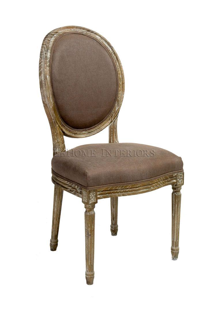Стул Douglas Classical Chair. Репродукция классического обеденного стула эпохи Людовика XVI. Версия этой модели была популярна во времена французского колониального периода. Представлен в различных отделках, декорирован резьбой.