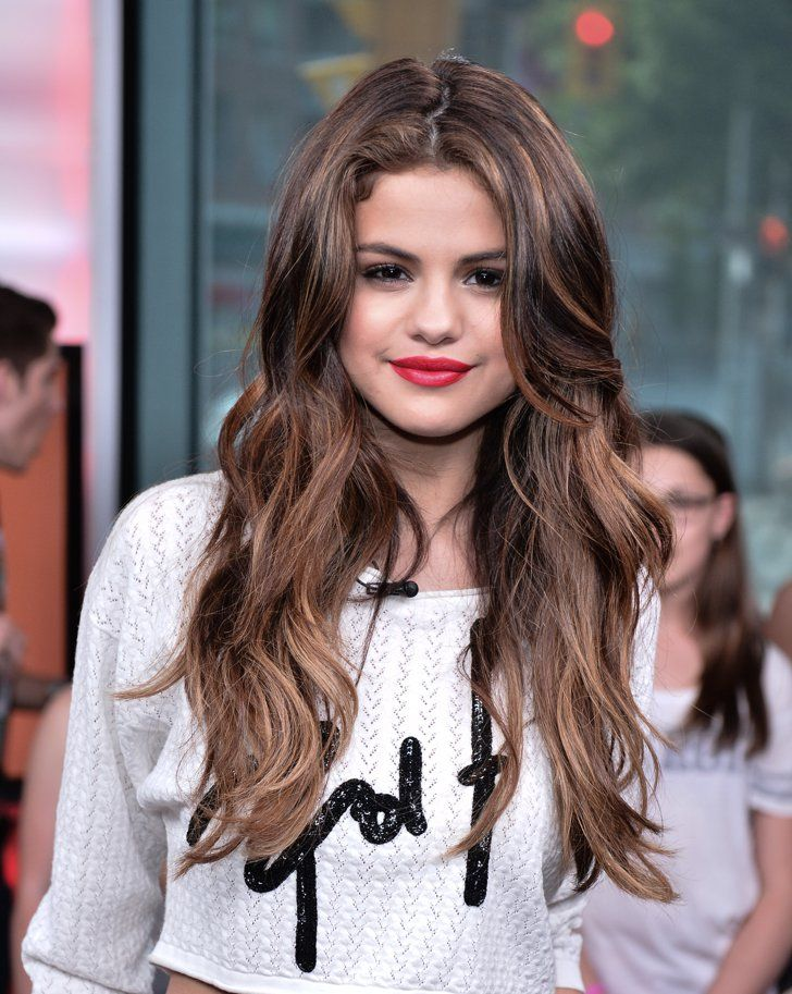 Pin for Later: Les Beach Waves de Ces Célébrités Vont Vous Inspirer Pour Cet Été Selena Gomez