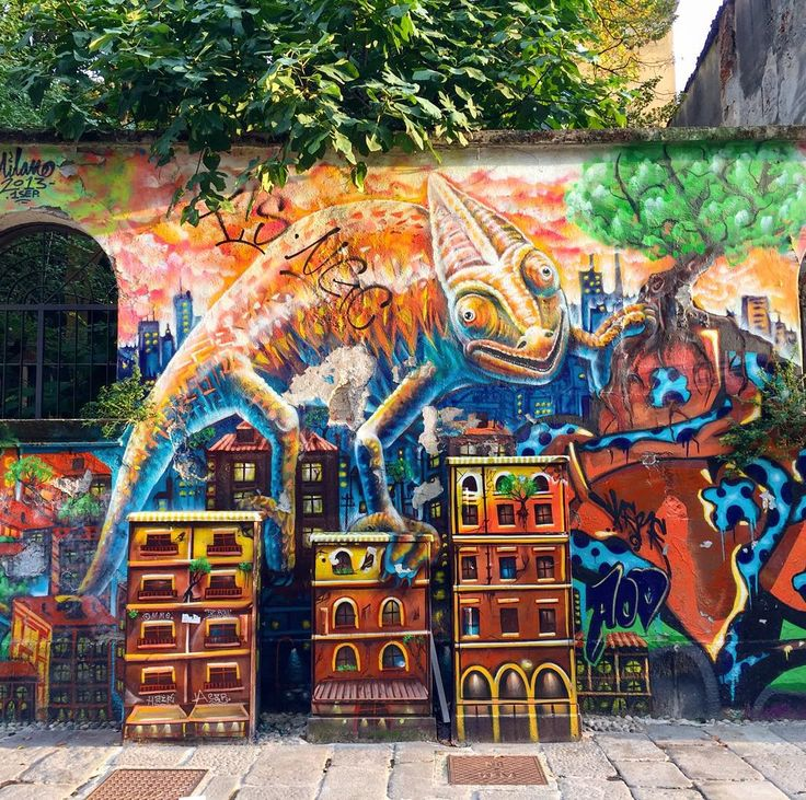 Un pò di colore in una grigia giornata milanese   #milano #milan #milano2015 #milanocity #milanodavedere #sorridiMI #streetart #colori #colours #buonagiornata #happyday #italia #italianstreetart #murales #muralesitalia #igers #iphone6 #instapic #instagood #instalike #instawalk #instaphoto #photooftheday #viacolviaggio #travelblog #travelblogger by viacolviaggio
