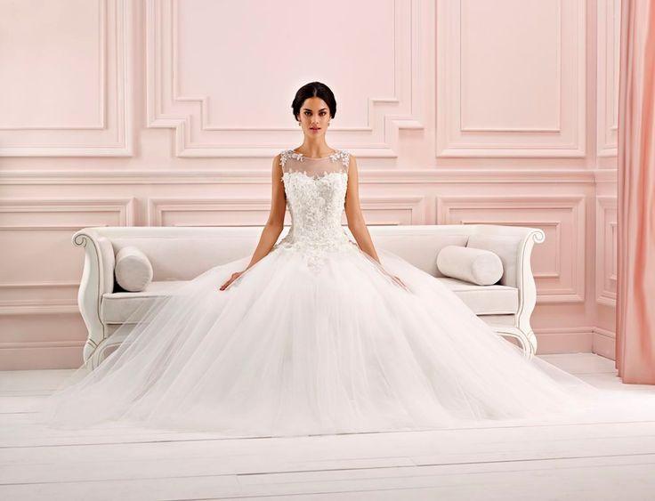 "Wedding dress ""Desire"" -by Chrysalis Esküvő Budapest."