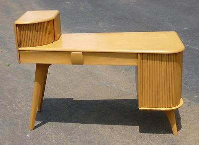 Heywood Wakefield Kohinoor Desk-Vanity M546 Wheat