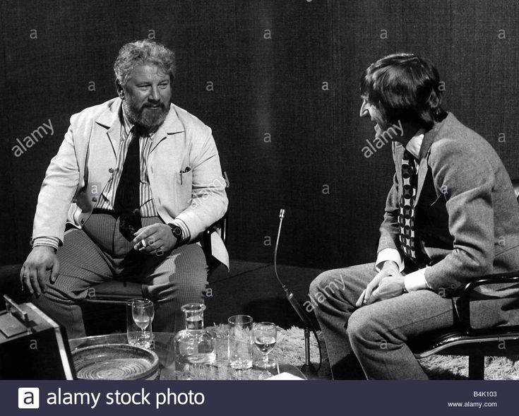 Peter Ustinov British Actor With Michael Parkinson July 1971 Stock Photo, Royalty Free Image: 20086867 - Alamy