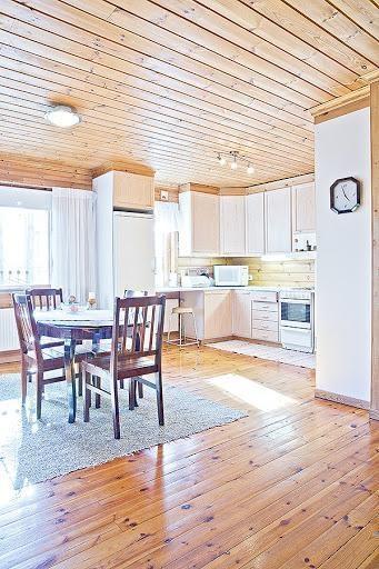 Log house for sale in Mikkeli, Finland  / Kitchen